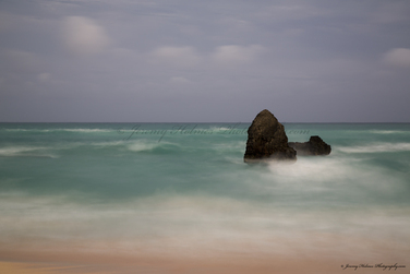 Ruff seas in Bermuda due to Hurricane Leslie. Photo#653