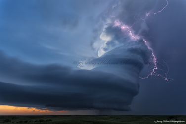 Storm chasing photography by photographer Jeremy Holmes